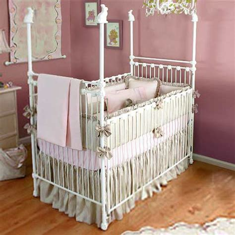Wrought Iron Baby Crib Baby Furniture Bedding Bunny Rabbit Iron Crib