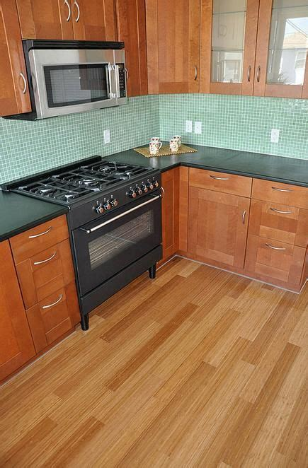 Kitchen Flooring Pictures   Hardwood, Vinyl, and More