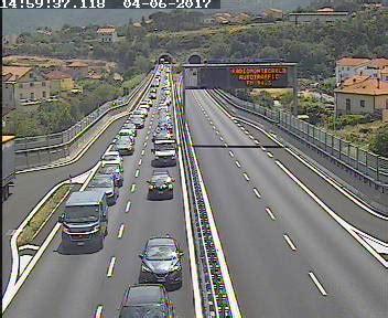 code autostrada dei fiori record di turisti in liguria per il ponte 2 giugno