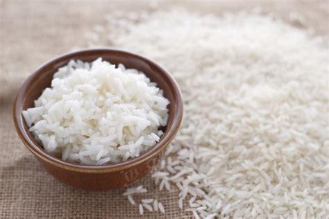 rekomendasi camilan  tepung beras  enak