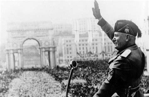 Fascismo e antifascismo: la mozione approvata da