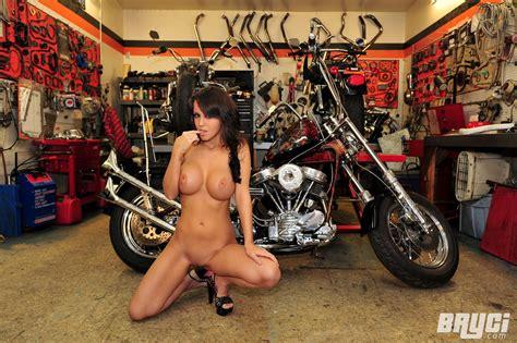 Hot Biker Chicks Pictures