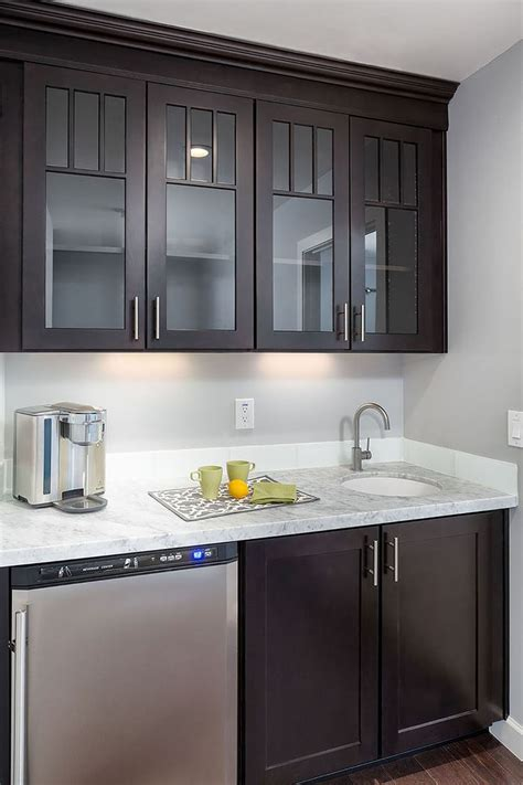 birch shaker kitchen cabinets 29 best images about cabinets around the home on pinterest