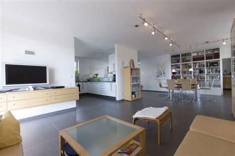 wohnzimmer 18qm offener wohnbereich nach umbau modern wohnbereich