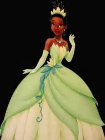 9 walt disney princess tiana wear green dress