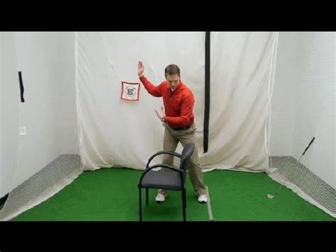 hip action golf swing what is the action of the right hip in the golf downswing