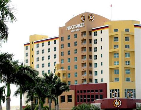 Five Delectable Dining Options At The Miccosukee Resort Miccosukee Resort Buffet