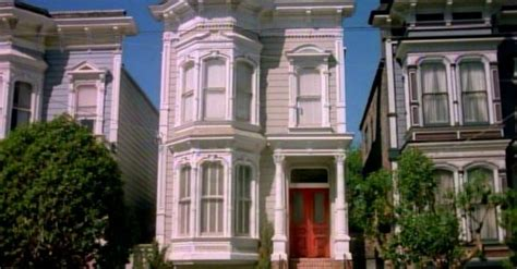 the real full house house inside the real full house house looks totally different inside than you d expect 22 words