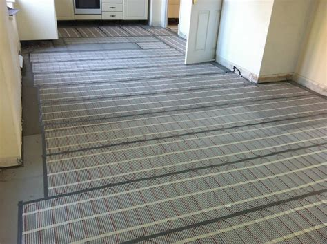 laminate floor on underfloor heating