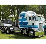 100  Kenworth K100 1983 Semi Truck