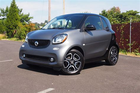 smart car 2016 2016 smart fortwo review autoguide com news