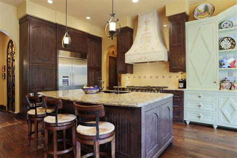 Pendulum Lighting In Kitchen 25 Best Ideas About Pendulum Lights On Pinterest Country Kitchen Lighting Cheap Lighting And