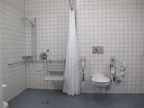 behinderten dusche h 252 rdenlos stadt schweinfurt behindertenwegweiser