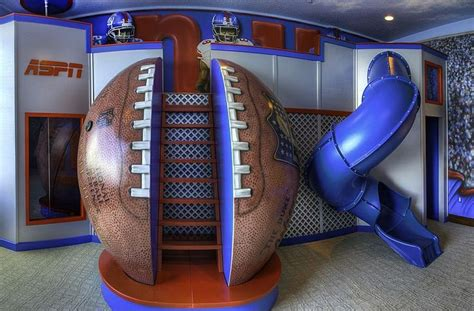cool boys bedroom this is so cool boys football theme bedroom with slide modern home pinterest
