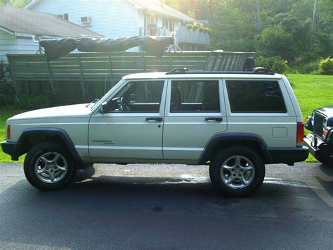 2000 Jeep Cherokee Xj Pictures Information And Specs