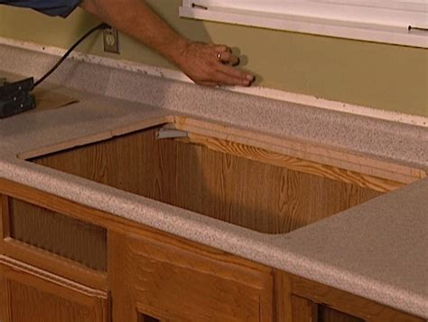 Installing Kitchen Countertops Laminate by How To Install Laminate On Countertops How Tos Diy