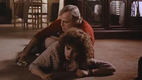 se filmer agatha christie s crooked house la violaci 243 n con mantequilla en el 250 ltimo tango en par 237 s