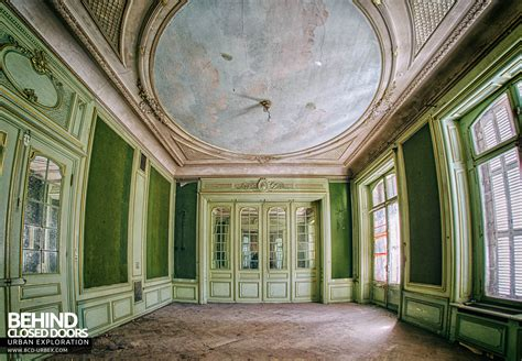 Château Lumiere, France » Urbex   Behind Closed Doors