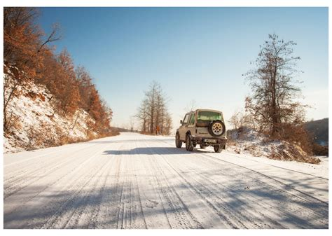 jeep snow wallpaper wallpaper winter sports car jeep snow trees forest