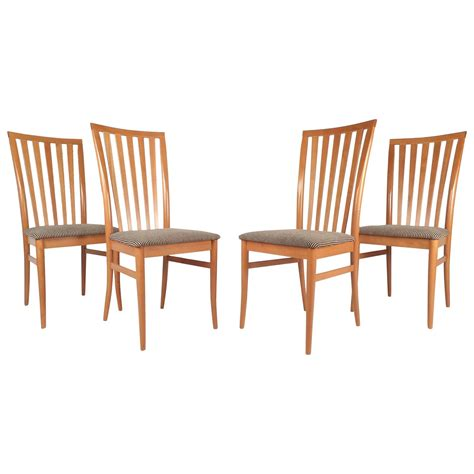 Contemporary Dining Chairs For Sale Set Of Contemporary Modern Highback Maple Dining Chairs For Sale At 1stdibs