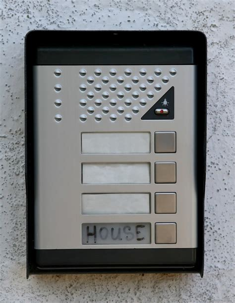 5 tips to choose an intercom system for your home coles