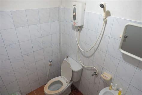 bathroom in thai our stay at prik thai resort in koh tao wandering the world
