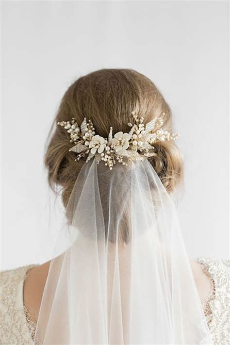 Black Wedding Hairstyles With Veil by Best 25 Wedding Hairstyles Veil Ideas On