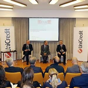 unicredit privati e famiglie dall europa 400 milioni per i prestiti alle imprese