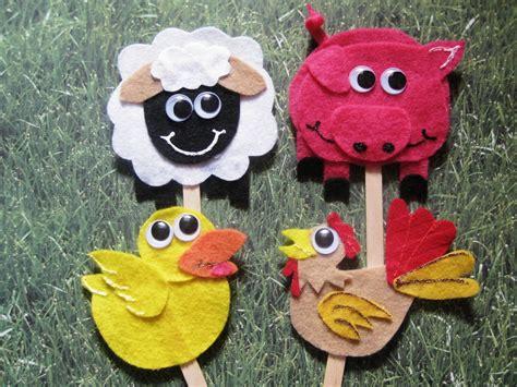 animal craft for s craft corner farm animals on a stick