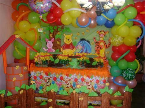 imagenes de fiestas infantiles de winnie pooh decoraci 243 n con globos de winnie pooh imagui