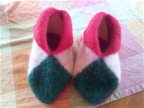 norwegian house slippers ravelry easy norwegian house slippers pattern by mommyknows