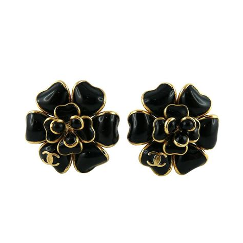Flower Petals Earrings Black No 02a35cr chanel black gripoix camellia flower clip on earrings with