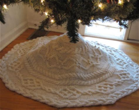 knitted christmas tree skirt pattern a knitting blog christmas tree skirt a loom knit pattern from
