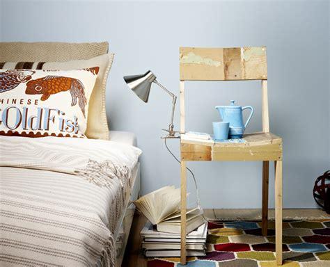 Stuhl Als Nachttisch stuhl aus restholz als nachttisch schlafzimmer