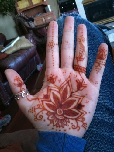 henna tattoo body art choosing henna tattoos earth henna painting kit
