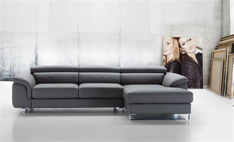 divani in vera pelle divano moderno in vera pelle di innova arredamenti e