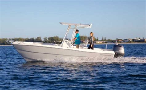 world cat boat names we compare 21 23 center consoles six boats for fishing