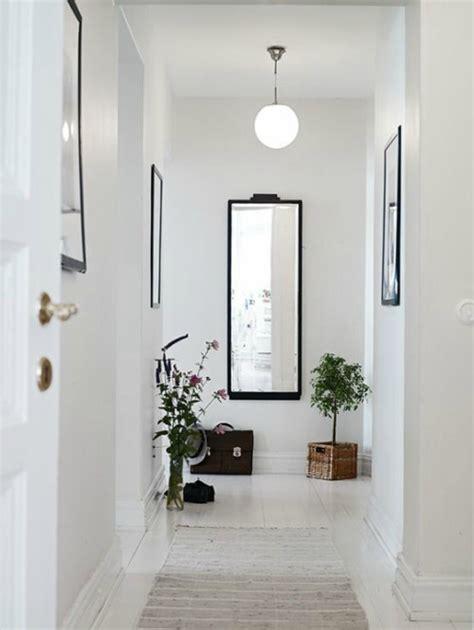 decorar espejo blanco recibidores modernos con espejos de recibidor en forja