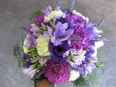 purple bridal bouquet   Stadium Flowers