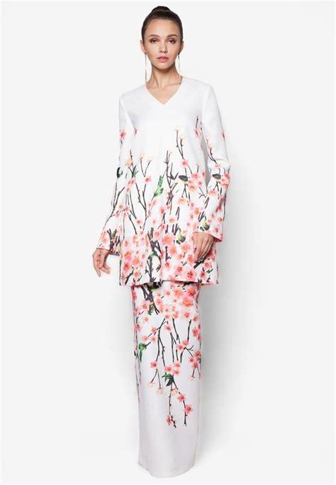 Baju Blossom Syari Amara 1 1127 best kebaya baju kurung images on fashion batik dress and batik fashion