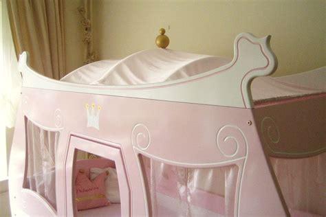 lit enfant carrosse lit enfant carrosse de princesse