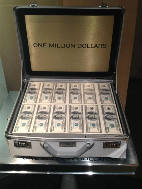 how much is mortgage on a 1 million dollar house calculators 1 million dollar blog holding 1 million dollars kick n 103 5 country music