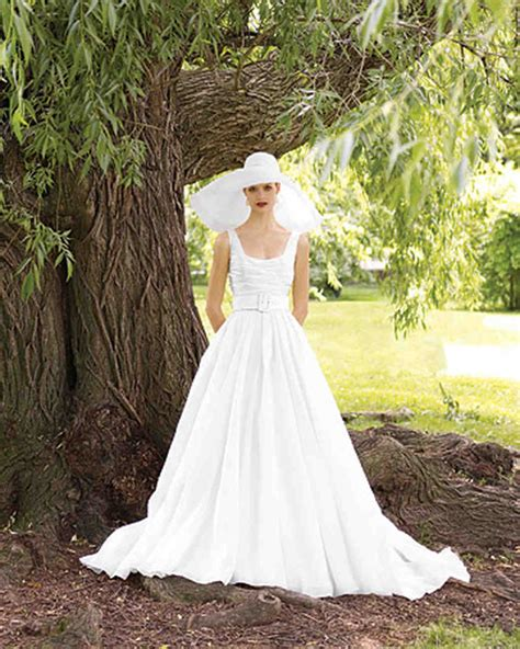 wedding dress for backyard wedding enchanting outdoor wedding dresses 26 for formal dresses