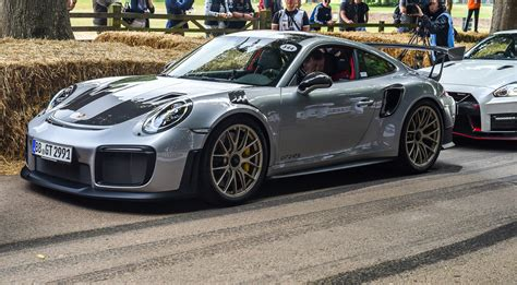 Porsche Gt2 by Porsche Gt2 Rs Revealed At Goodwood Festival Of Speed
