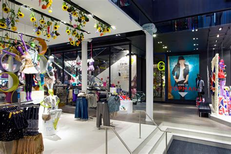 Topshop New York by Voa Expands Topshop Topman Flagship Nyc Companies