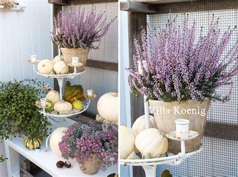 Herbstdeko Gartenbank by Herbstdeko Im Garten Villa K 246 Nig