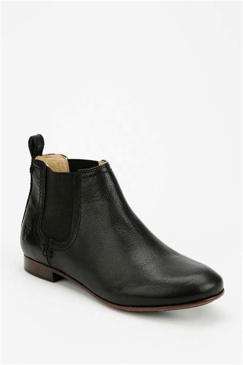 frye jillian chelsea ankle boot outfitters