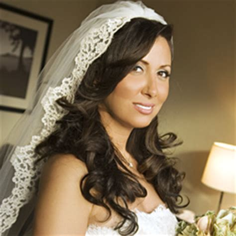 hairstyles with mantilla veil hairstyles that work with mantilla veils weddingbee