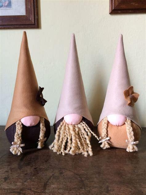 Small Housewarming Gift 17 migliori immagini su animaletti di feltro e stoffa su