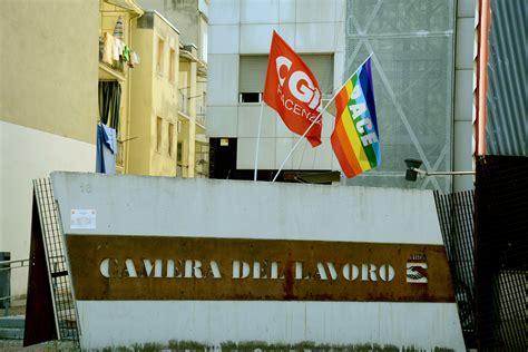 nazionale lavoro piacenza cgil pullman in partenza per la manifestazione di roma